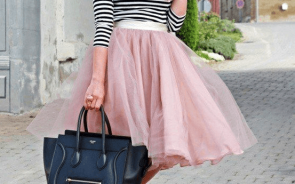 This look is totally on pointe— black and white stripes with a tulle skirt and black heels make this cute look Parisian chic.